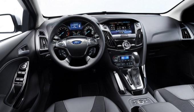 Как снять штатную магнитолу с Ford