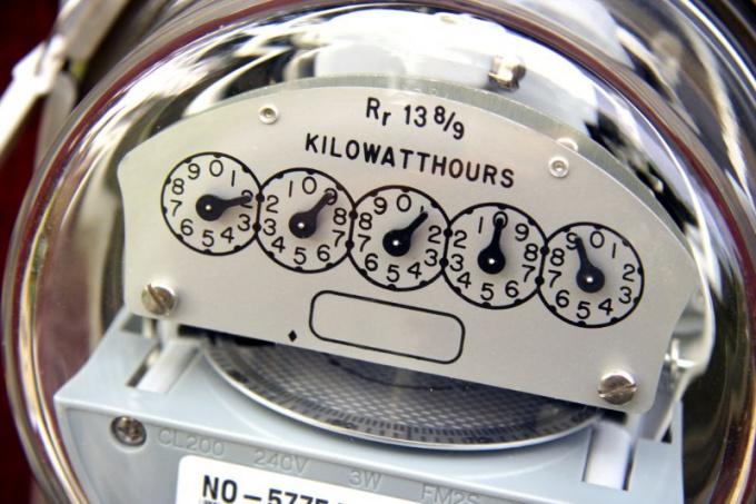Как правильно снимать показания электросчетчика