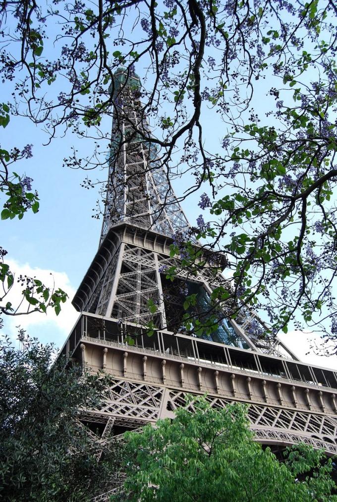 Как найти людей во Франции