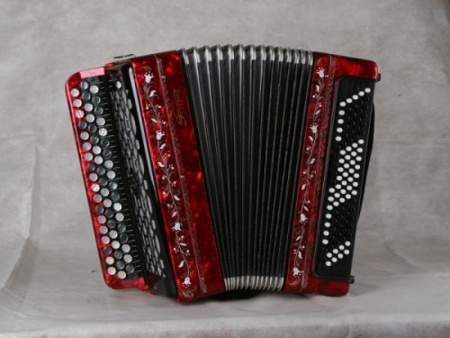 How to repair accordion