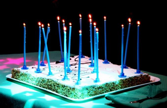 Как преподнести подарок на день рождения