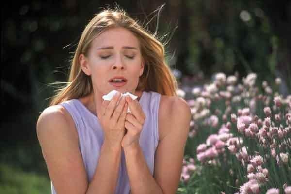 Как начать чихать