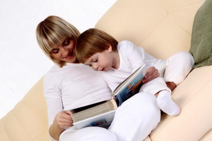 Как воспитать у ребенка любовь к чтению