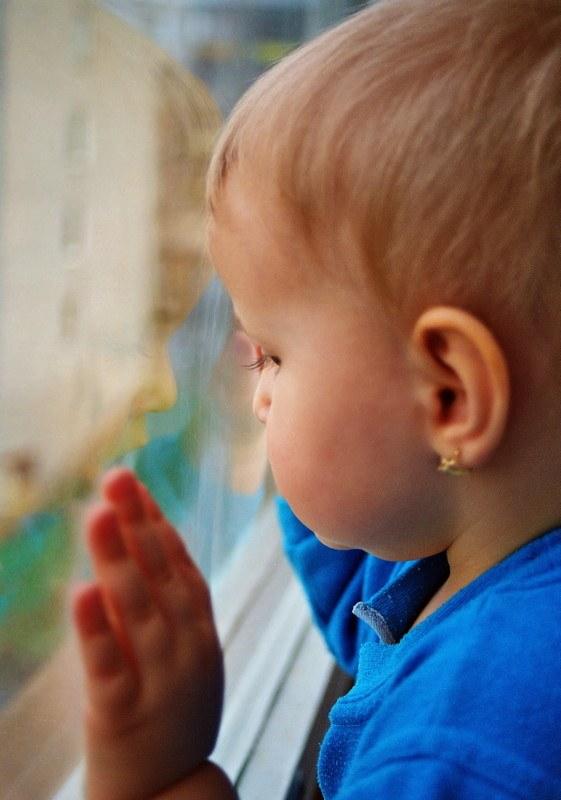 Как оформить окна в детском саду