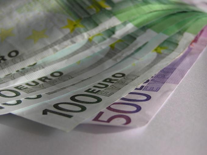 Как обменять валюту выгодно