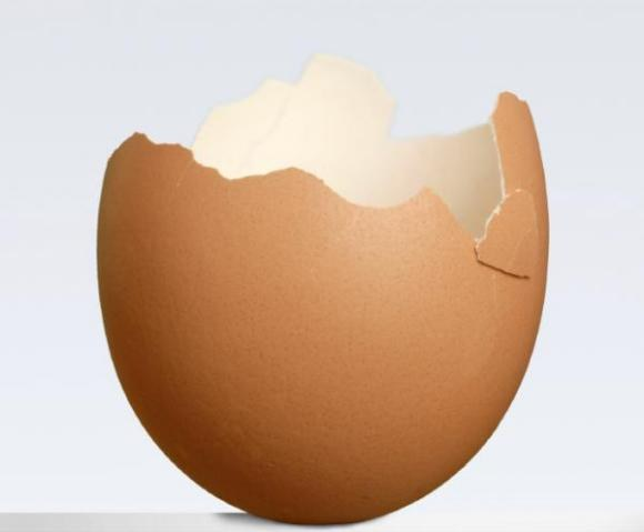 How to drink egg shells