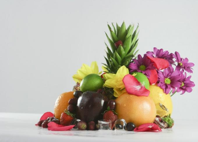 Как сервировать фрукты