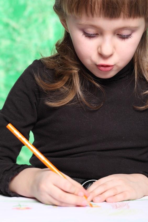 Как нарисовать портрет простым карандашом