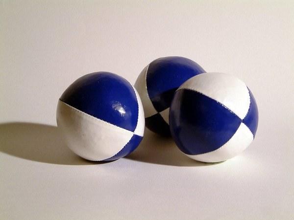 Как сделать шарики для жонглирования