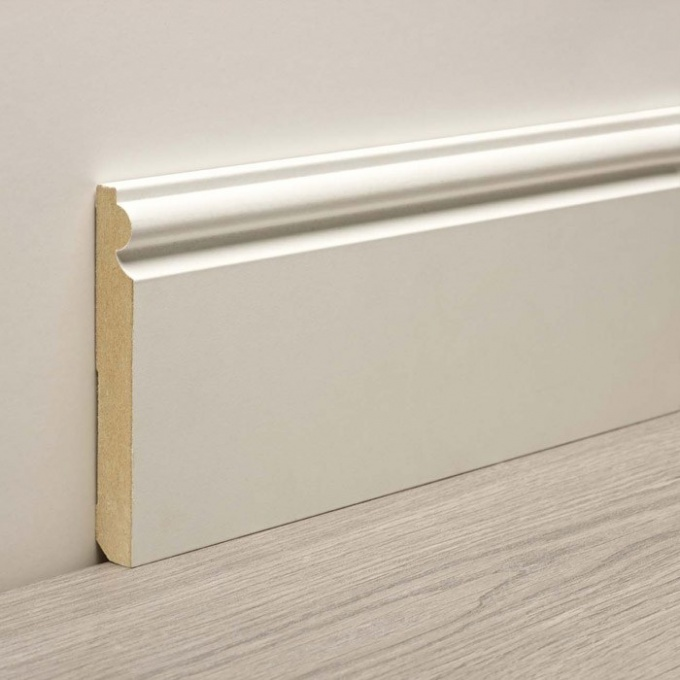 How to attach the baseboard to the concrete wall
