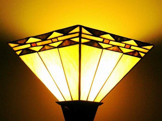 Как украсить светильник
