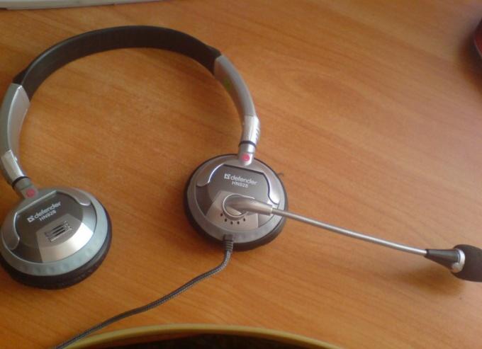 Как подключить наушники и микрофон к компьютеру для Скайпа