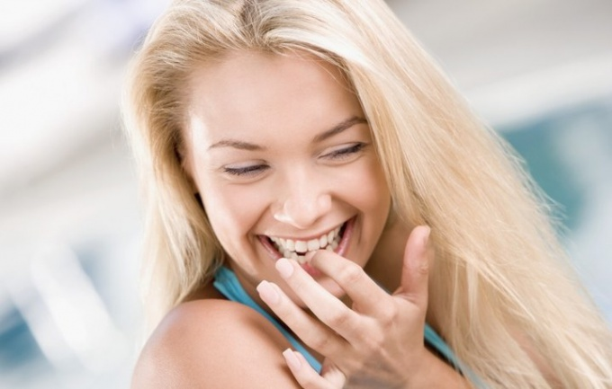 Как осветлить волосы с поддержкой перекиси