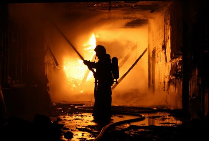 Как оформить сгоревший дом
