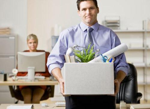Как уволить сотрудника, если он  пропал