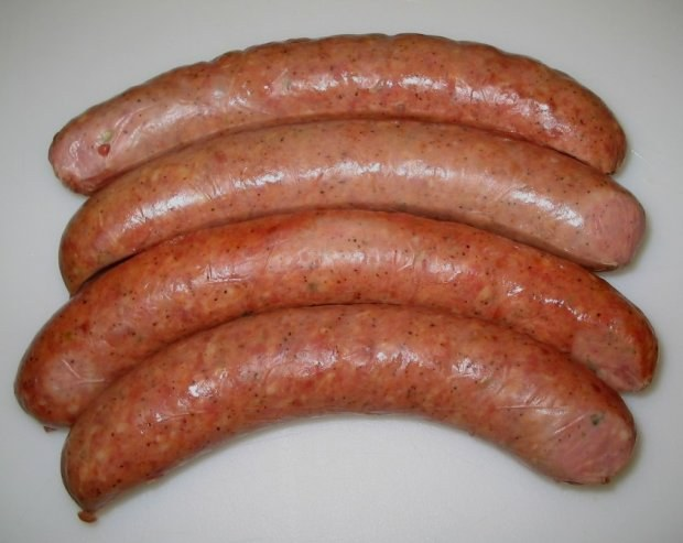 How to prepare homemade sausages
