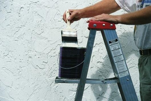 Как смыть известку с потолка