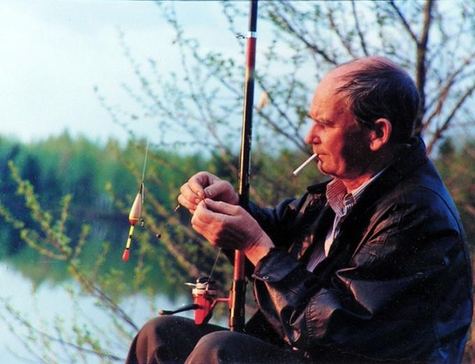 Как поздравить рыбака