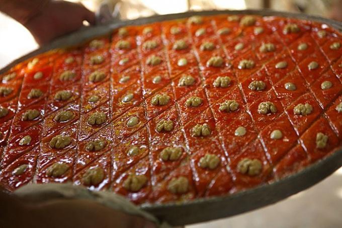 Как готовить армянскую пахлаву