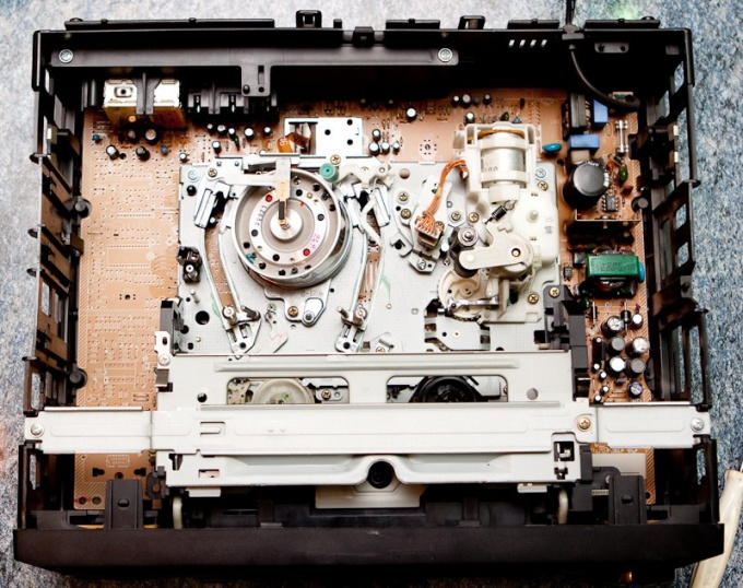 How to clean a VCR head