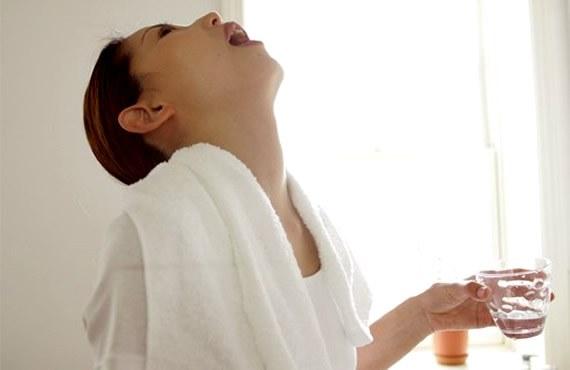 Как лечить больное горло при беременности