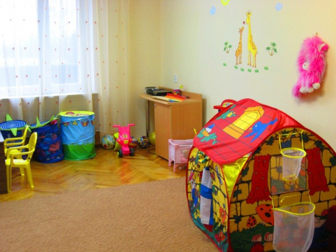 Как оформить квартиру в собственность ребенку