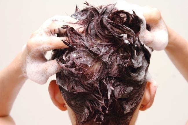 Как мыть голову: секреты профессионального ухода