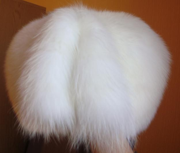 How to clean a hat made of Fox fur