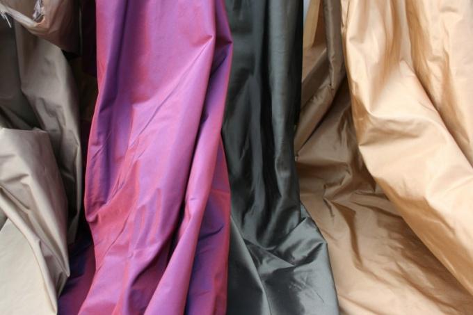 Как сшить платье из шелка