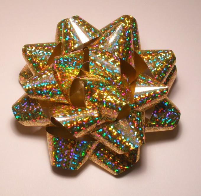 Как делать бантики для подарков