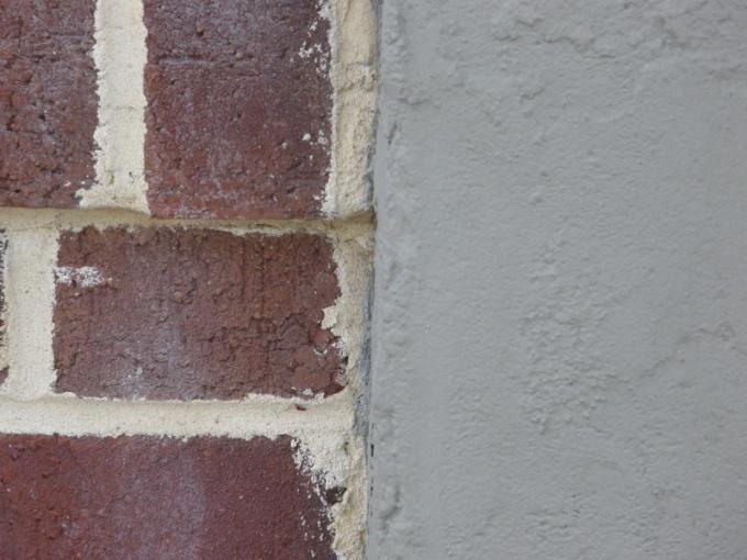 Как выпрямить стену