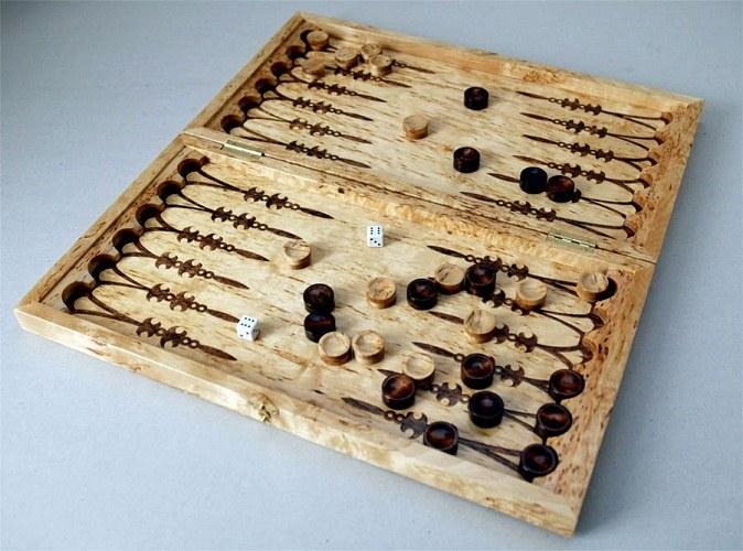 Как играть в игру нарды
