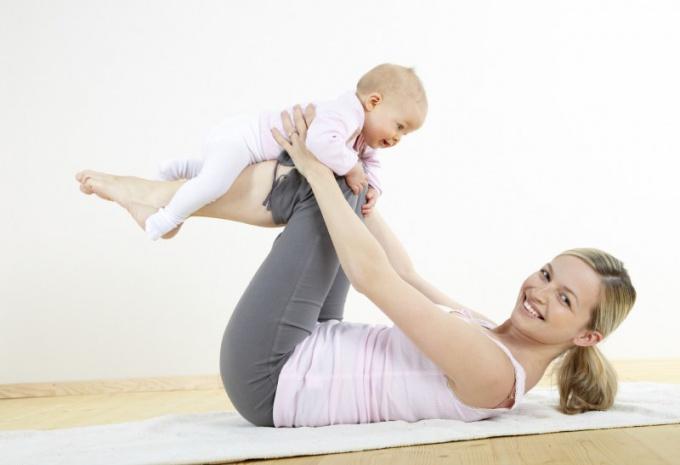 Как накачать пресс после родов