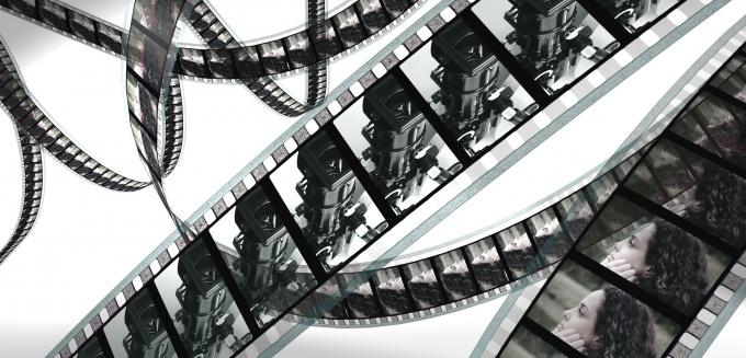 Как соединить части фильма