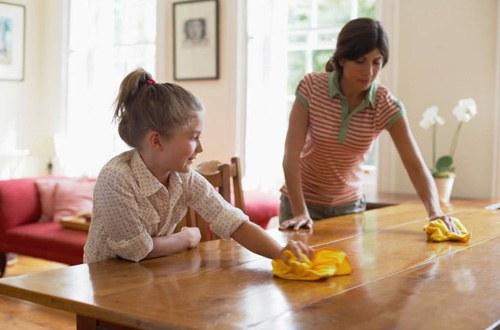 Как снять полировку с мебели