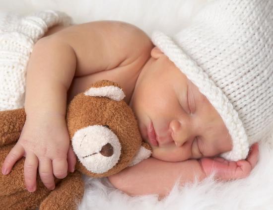 Сон новорожденного ребенка. Сколько должен спать грудной ...