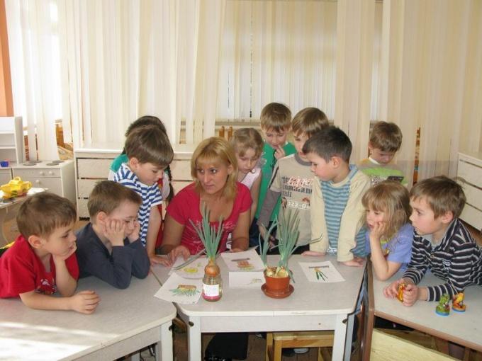 Как оформить праздник в детском саду