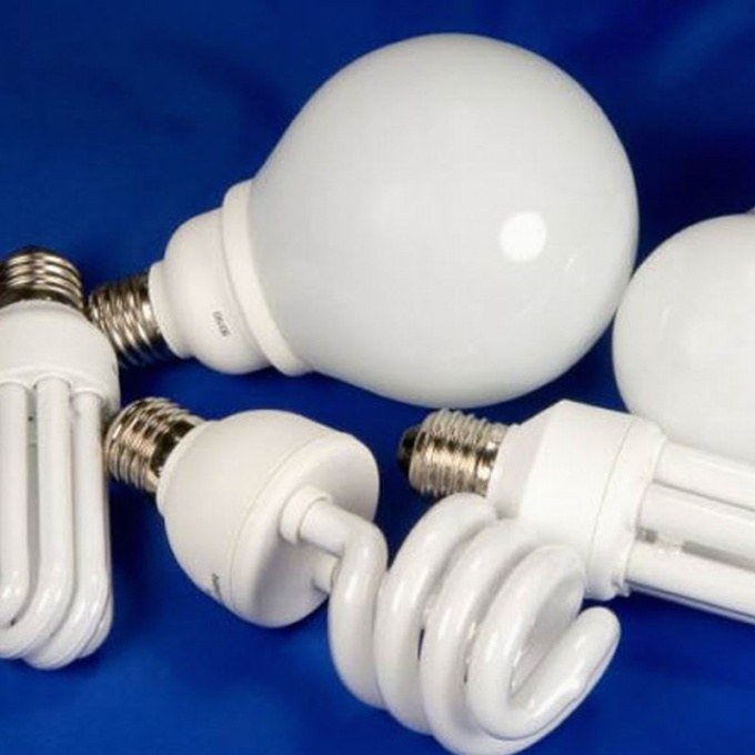 Как подсоединить лампочку к выключателю