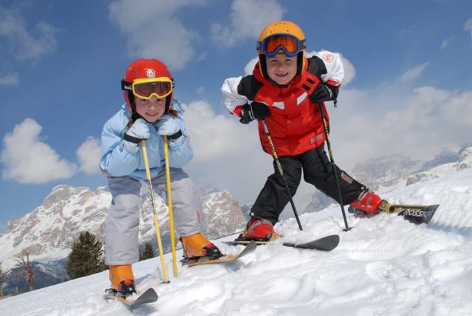 Как крепить крепления к детским лыжам