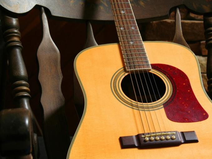 Как поднять гриф гитары