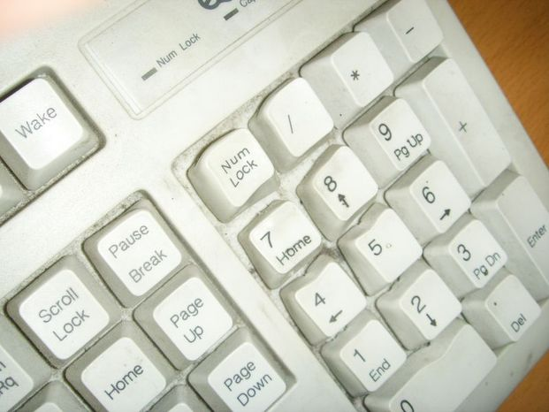 How to connect old keyboard