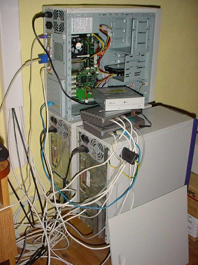 Как подключить два компьютера к интернету
