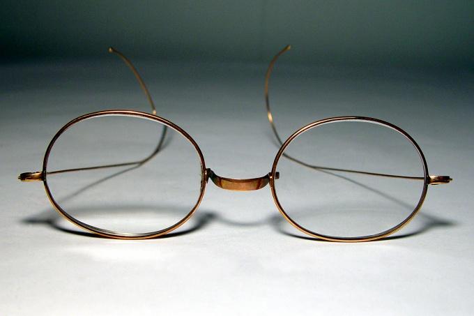 Как проверить остроту зрения
