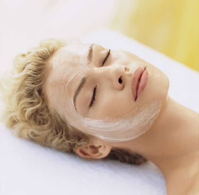 How to reduce oiliness of the skin
