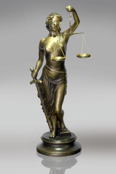 Как заработать адвокату