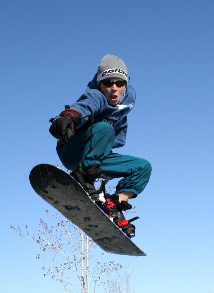 Как выбрать сноуборд для ребенка