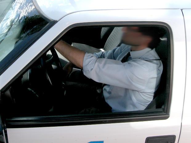 Как найти инструктора по вождению