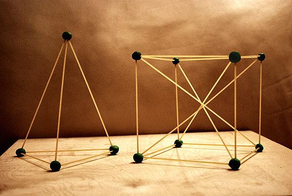 Пирамида из спичек своими руками 97