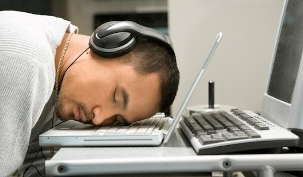 Как разыграть спящего