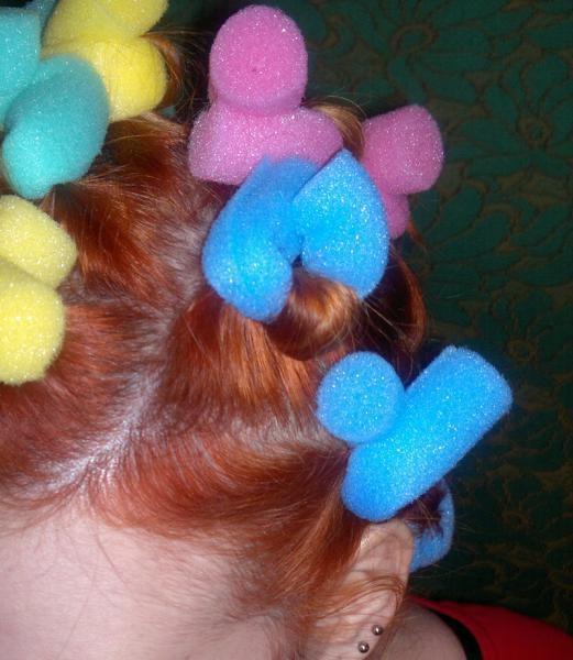 Как накручивать волосы на мягкие бигуди